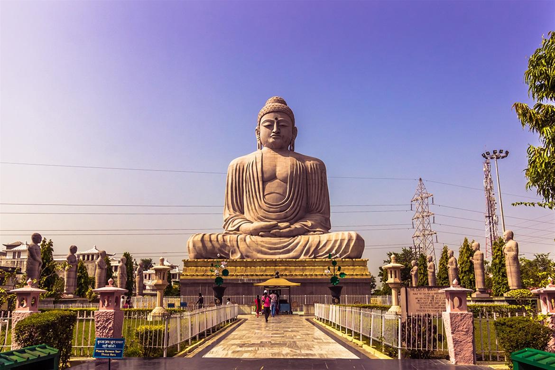 Βούδας γνωριμίες ιστοσελίδες